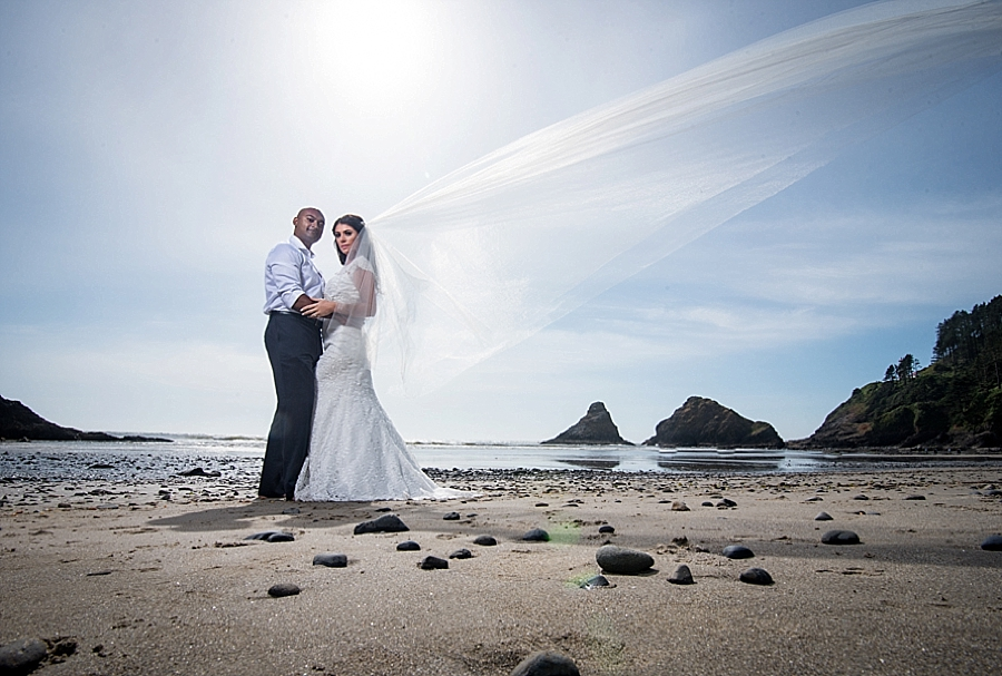 Beautiful Oregon Ocean Wedding Photos_0089